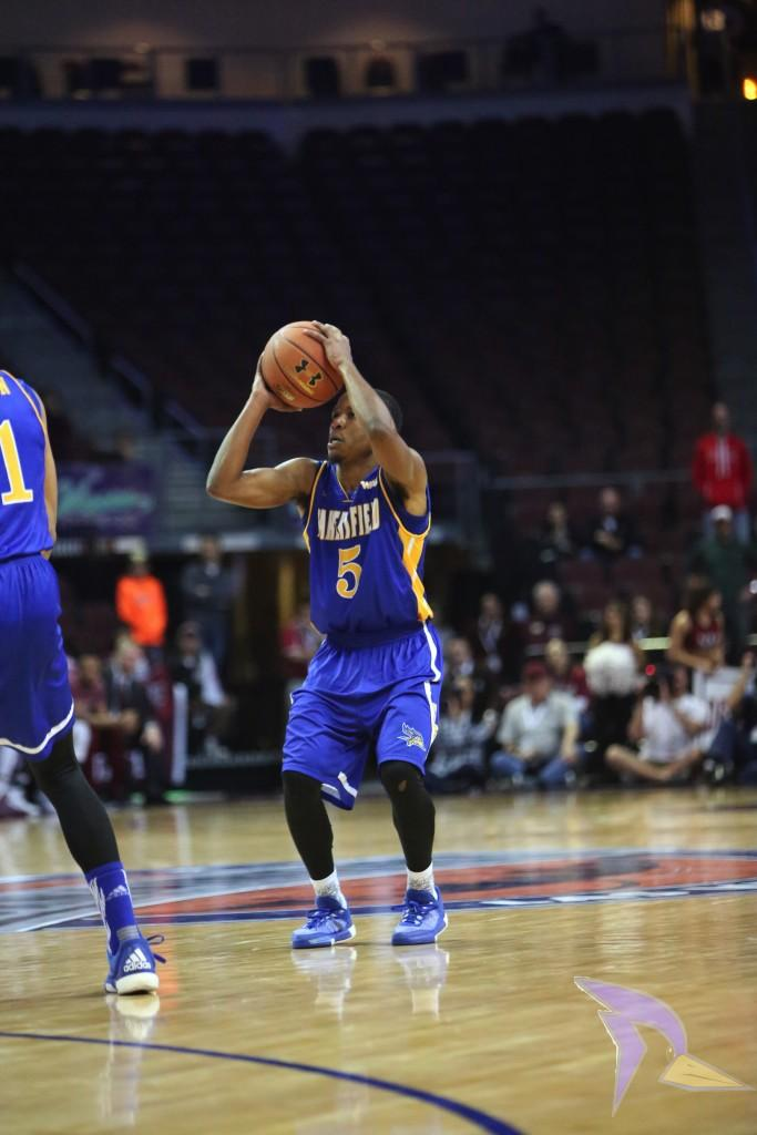 Junior+guard+Dedrick+Basile+goes+up+for+a+shot+in+the+second+half+against+New+Mexico+State.+Photo+by+AJ+Alvarado%2FThe+Runner