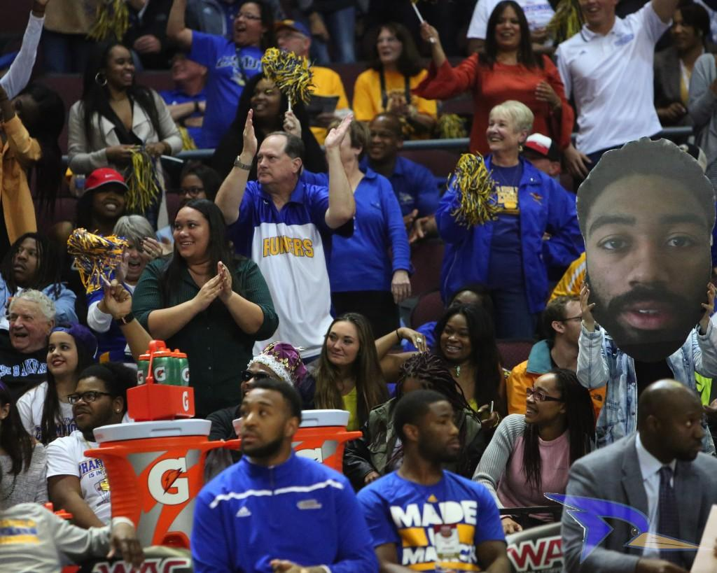 CSUB+fans+cheer+on+the+Roadrunners+at+the+WAC+title+game+on+Saturday+in+the+Orleans+Arena.+Photo+by+AJ+Alvarado%2FThe+Runner