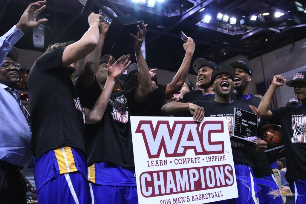 CSUB+men%27s+basketball+celebrates+winning+the+WAC+Tournament+championship+on+Saturday.+Photo+by+AJ+Alvarado%2FThe+Runner