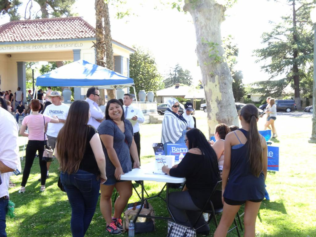 Supporters of presidential candidate Bernie Sanders gather at Jastro Park in Bakersfield, Calif. on Wednesday, May 18 to register to vote eligible citizens. Photo by Chris Mateo/The Runner