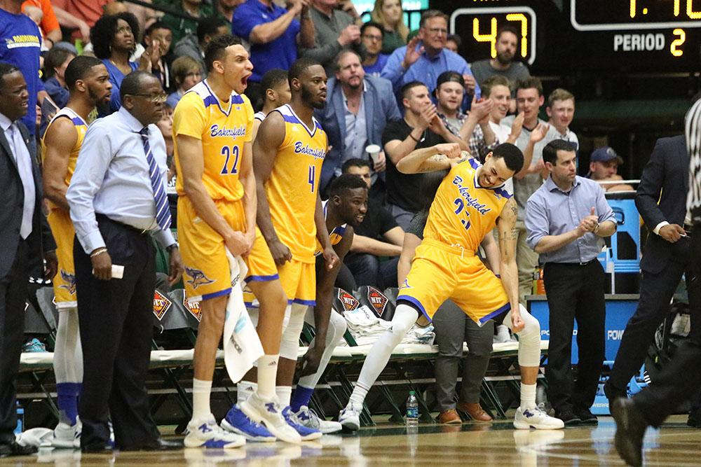 The+CSUB+bench+celebrates+during+its+second+round+victory+over+Colorado+State+University+in+Fort+Collins%2C+Colorado.+The+Roadrunners+will+now+face+the+University+of+Texas+at+Arlington+in+the+National+Invitation+Tournament+quarterfinals+Wednesday%2C+March+22.%0APhoto+courtesy+of+Javon+Harris%2FThe+Collegian+at+Colorado+State+University
