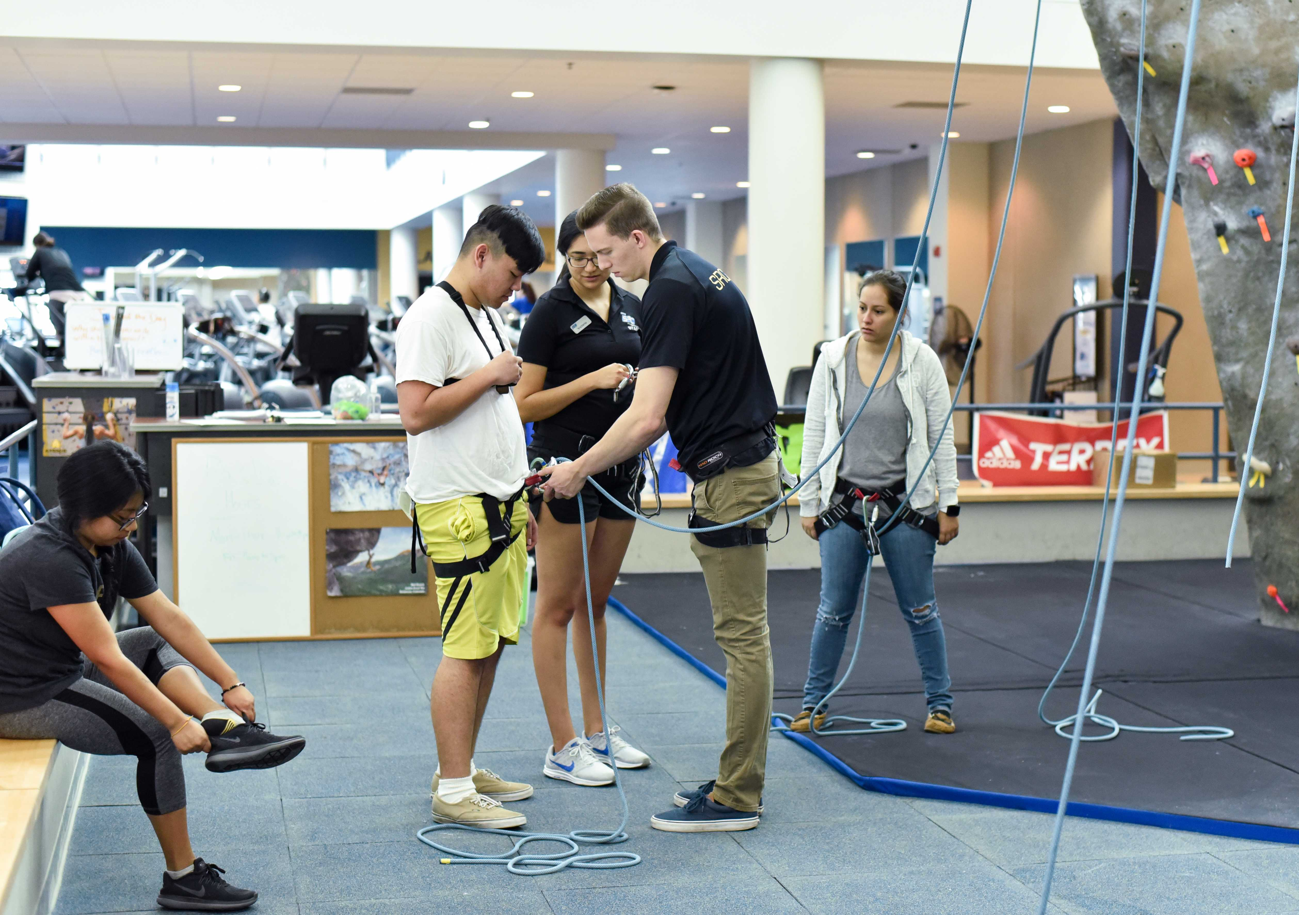 Belay Clinic anchors students