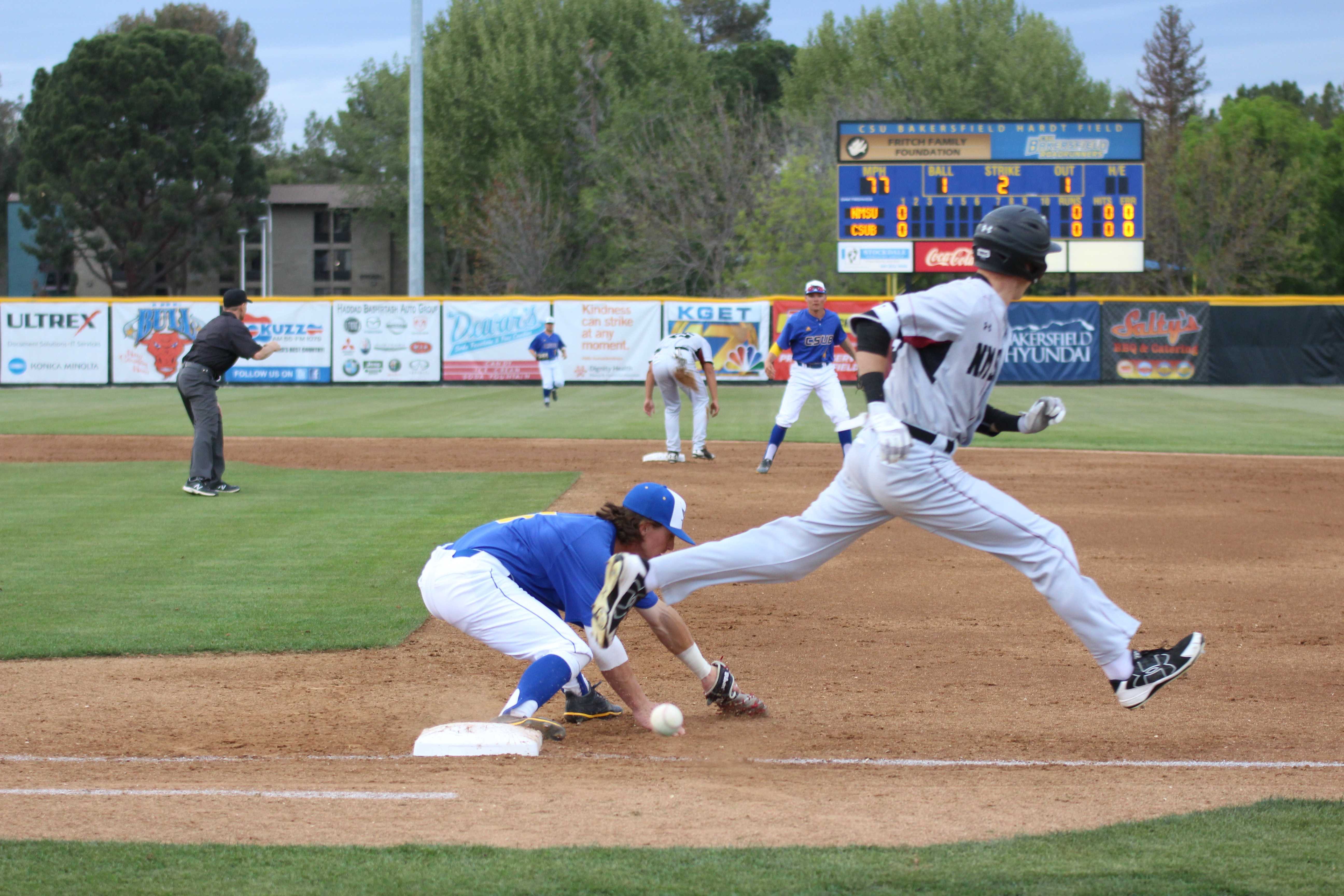 Errors define WAC baseball opener, CSUB loses 9-3