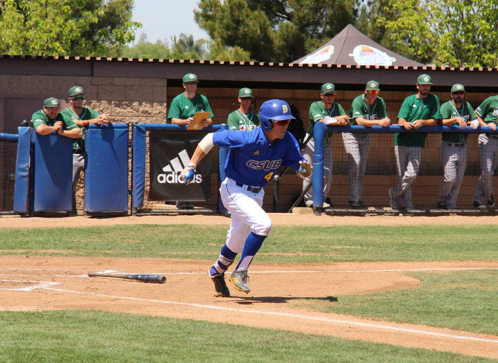 CSUB+freshman+Evan+Berkey+sprints+towards+first+base+after+a+low+line+drive+to+second+base+on+Sunday%2C+April+22+at+Hardt+Field.