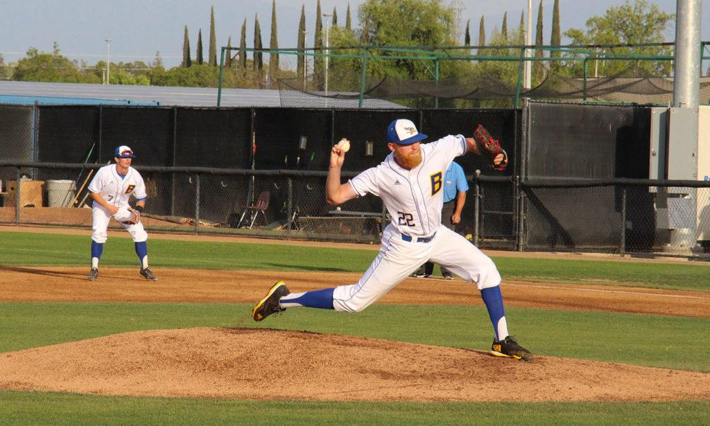Senior+pitcher+Naithen+Dewsnap+delivers+a+pitch+in+a+game+at+Hardt+Field+against+Sacramento+State+on+Saturday%2C+April+21.%0A%0APhoto+by+Aaron+Mills%2F+The+Runner