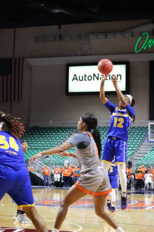 CSUB wins with huge lead advantage