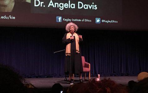 Angela Davis inspires in visit to CSU Bakersfield