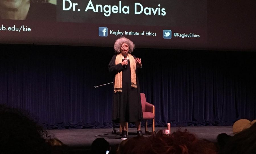 Angela+Davis+speaks+inside+the+Dore+Theatre+on+April+11.%0A%0APhoto+by+Marsulh+Mussad%2F+Special+to+The+Runner